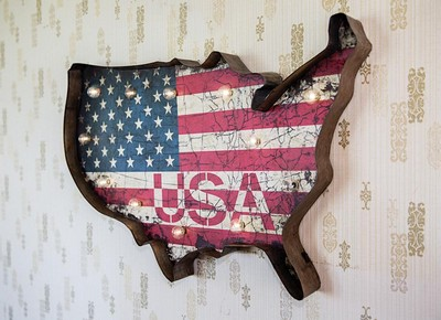 Manual Woodworkers and Weavers  Inc Usa Lighted Wall Decor  Search Results