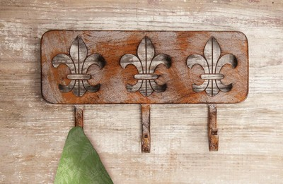 Manual Woodworkers and Weavers  Inc Iron Fleur De Lis Triple Wall Hook  Search Results