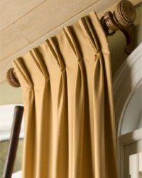 English Manor Wood Curtain Rods