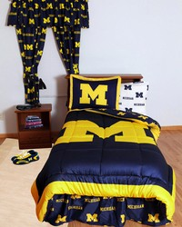 Michigan Wolverines Bed in a Bag Twin  With White Team Sheets by