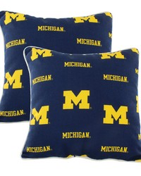 Michigan Wolverines Outdoor Decorative Pillow Pair  2 16 in  x 16 in  Pillows by