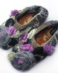 Millefleur Gray Womens Slipper by