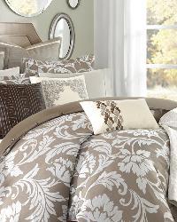 Bellville Comforter Set by