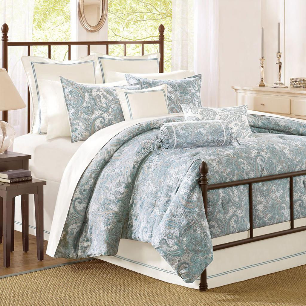 Chelsea Paisley Comforter Set