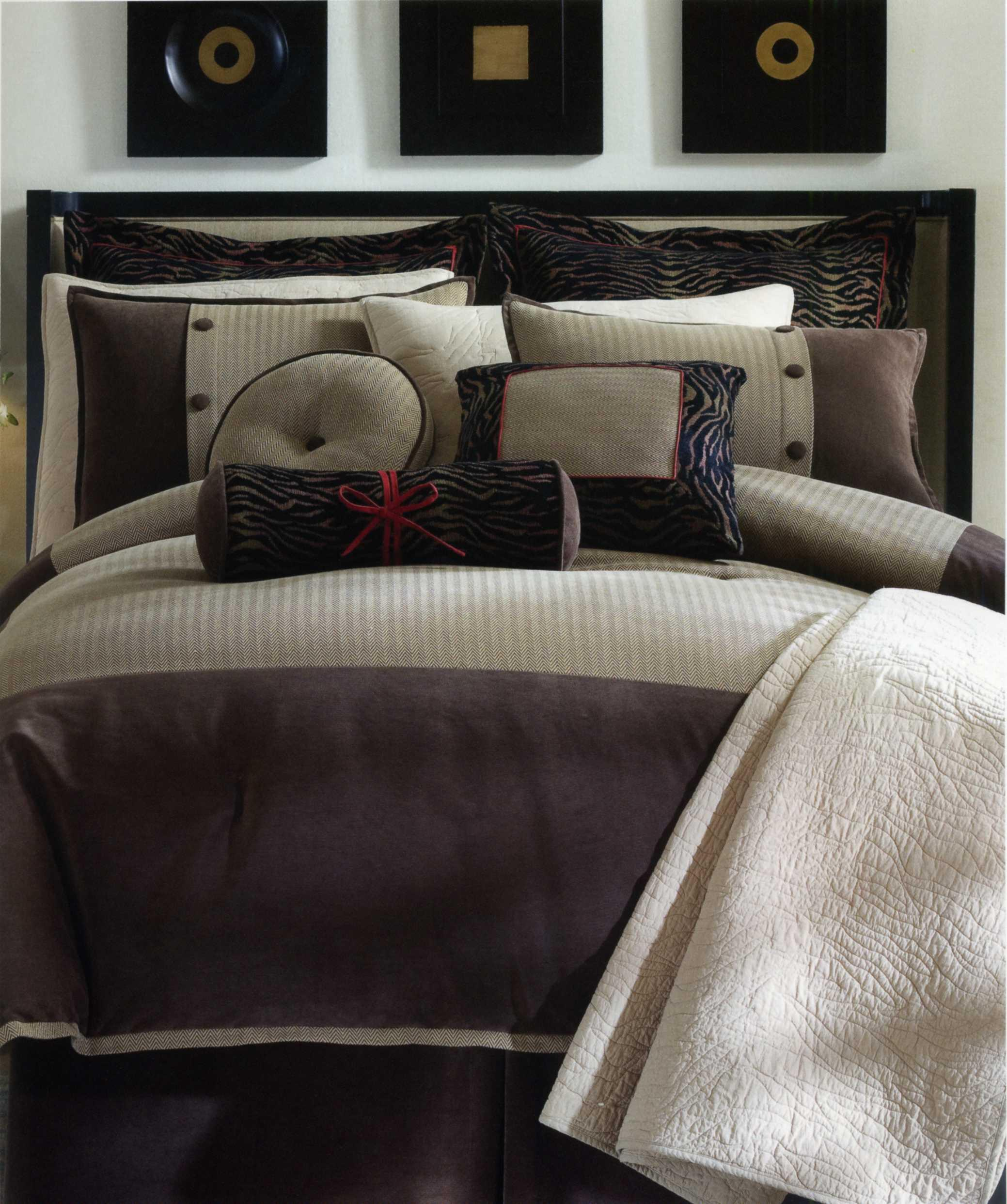 durban comforter set interiordecorating. Black Bedroom Furniture Sets. Home Design Ideas