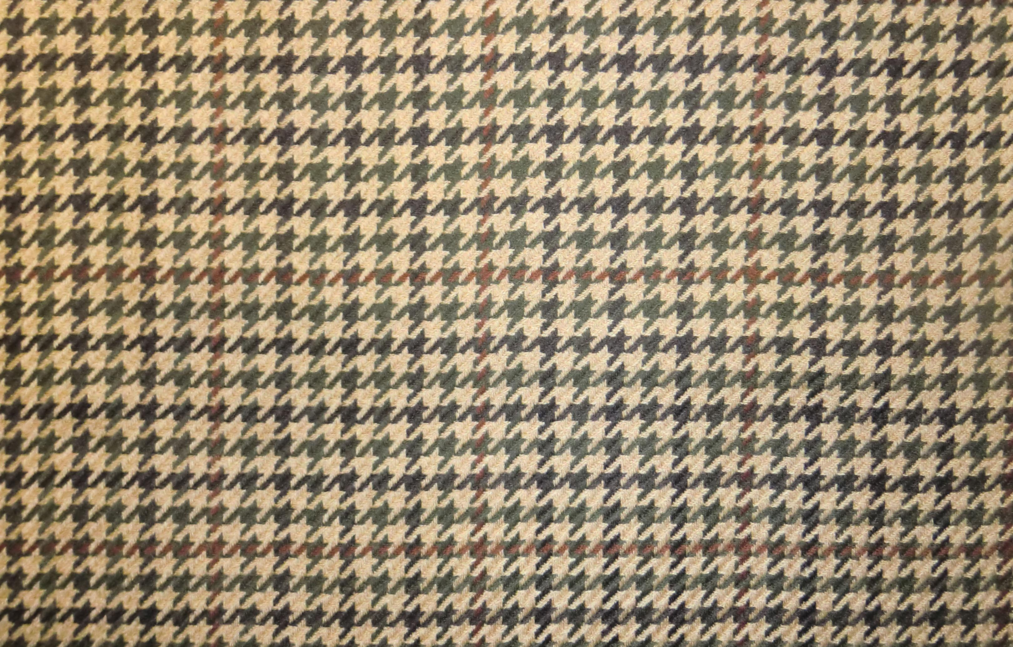 Tan Houndstooth Bedding