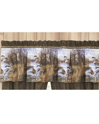 Duck Approach Valance by