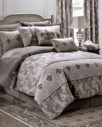 Chateau Comforter Set King by